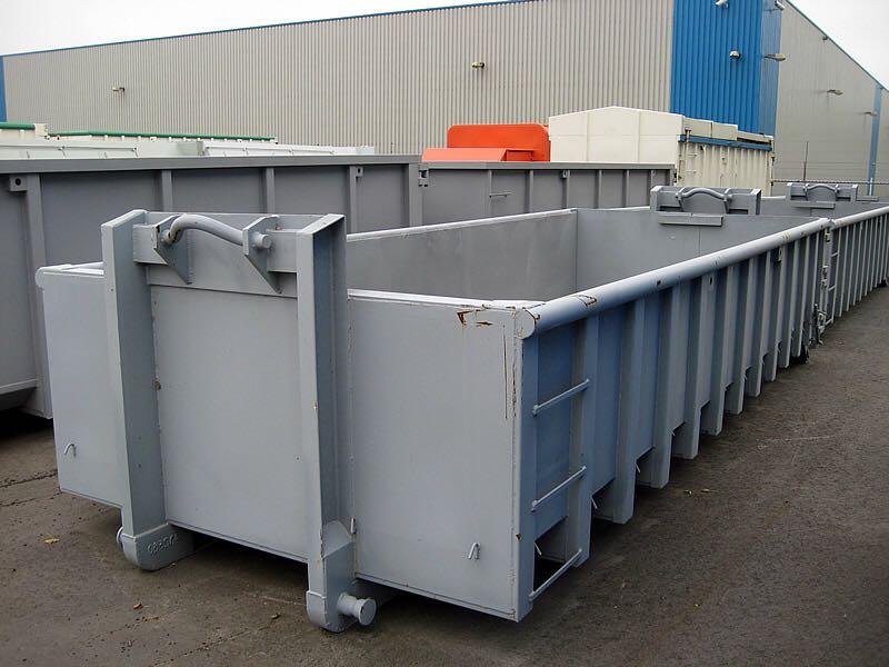 Oud ijzer container